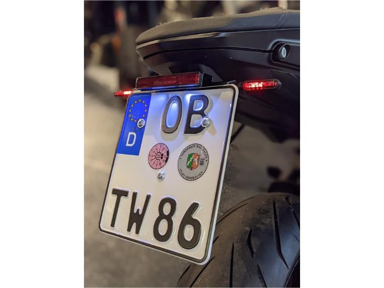 IQ4S Kennzeichenhalter 790 & 890 Duke