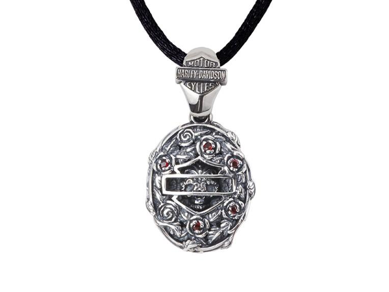 HDP124, silver pendant