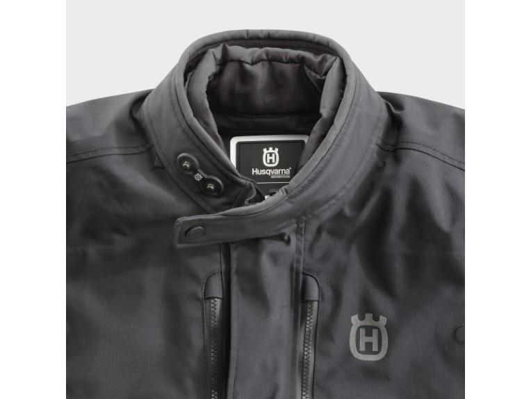 pho_hs_closeup_62381_3hs20003070x_pursuit_gtx_jacket_collar__sall__awsg__v1