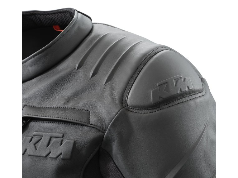 pho_pw_det_355342_3pw21000670x_resonance_leather_jacket_detail_schulterpolster__sall__awsg__v1