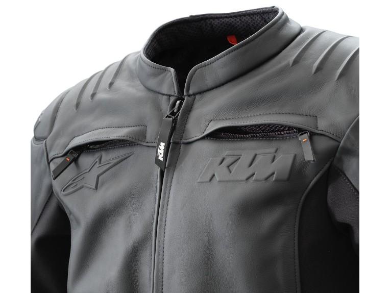 pho_pw_det_355343_3pw21000670x_resonance_leather_jacket_detail_ventilation__sall__awsg__v1