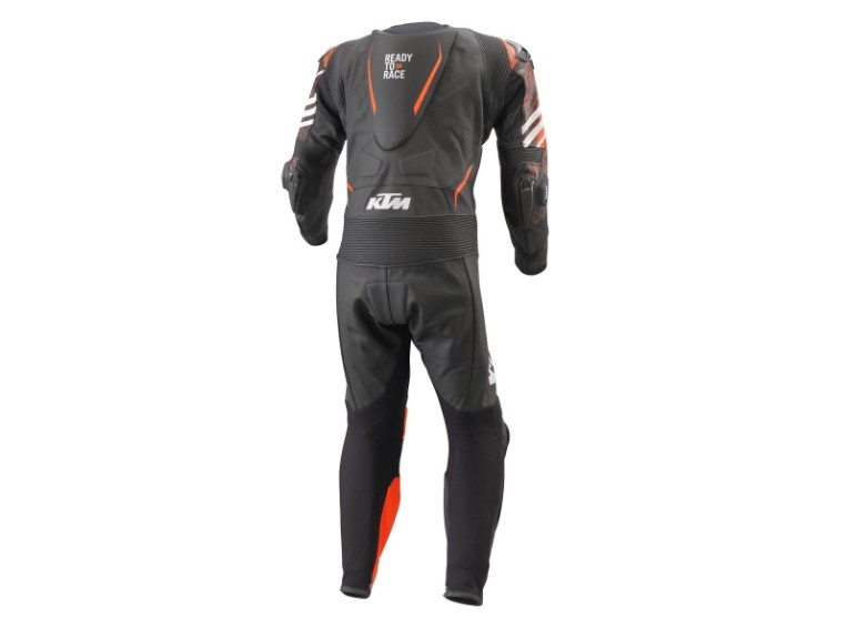 pho_pw_pers_rs_361591_3pw21000600x_rsx_1_pcs_suit_back__sall__awsg__v1