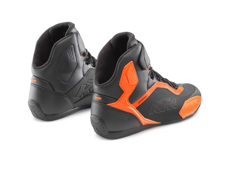 pho_pw_pers_rs_361618_3pw21000710x_faster_3_wp_shoes_back__sall__awsg__v1
