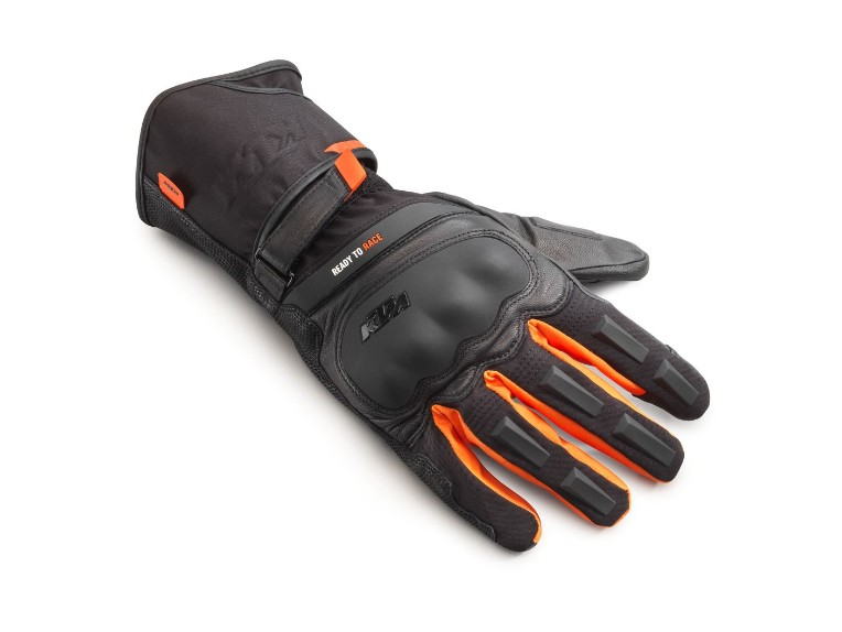 pho_pw_pers_vs_361603_3pw21000640x_ultra_wp_gloves_front__sall__awsg__v1