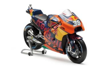 MOTO GP MODEL BIKE KTM RC 16 SMITH