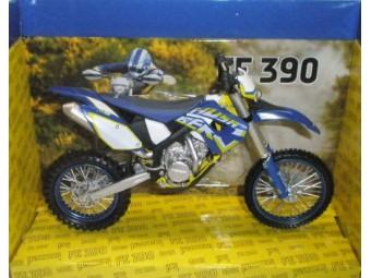 Motorrad Model Husaberg FE 390
