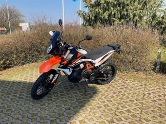 890 Adventure R 2021
