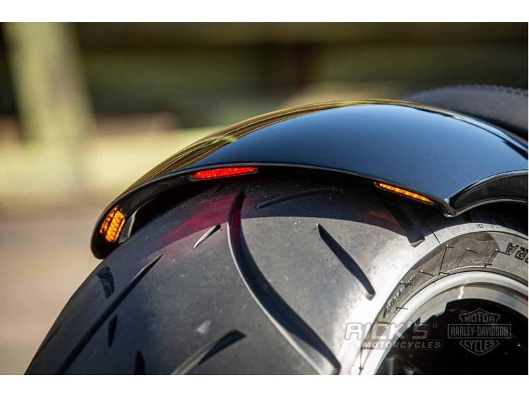 Harley-Davidson-Breakout-Custom-Ricks-005