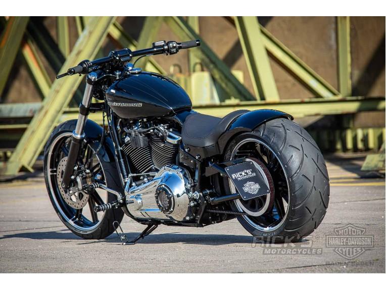 Harley-Davidson-Breakout-Custom-Ricks-025