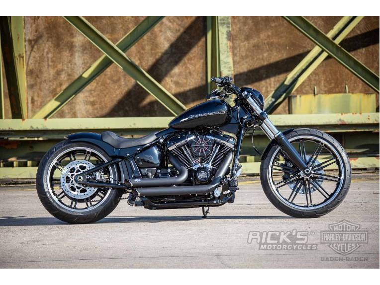 Harley-Davidson-Breakout-Custom-Ricks-039