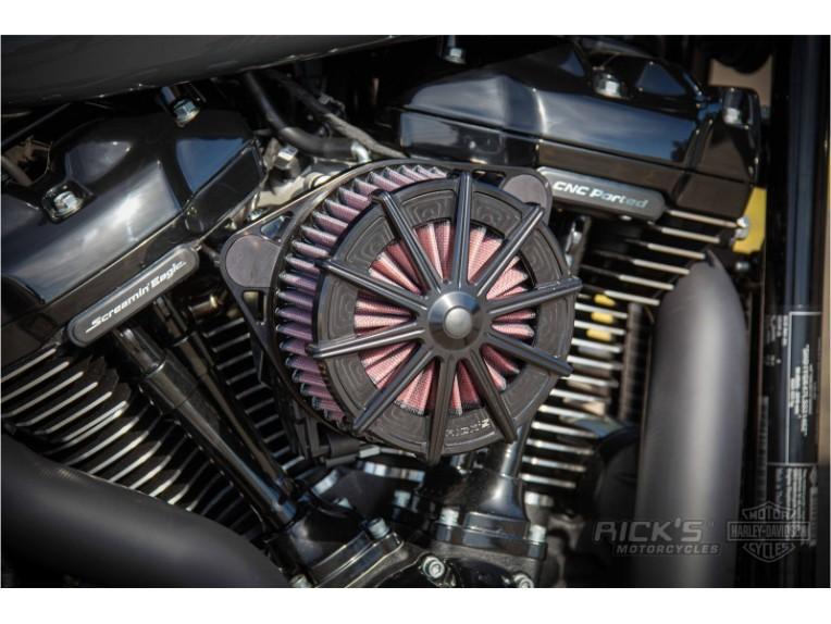 Harley-Davidson-Fat-Boy-Screamin-Eagle-Custom-Ricks-016-scaled