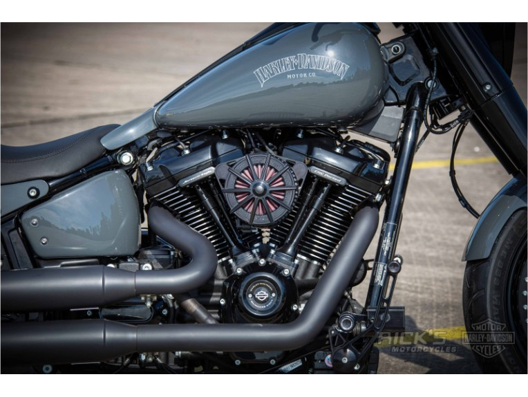 Harley-Davidson-Fat-Boy-Screamin-Eagle-Custom-Ricks-021-scaled
