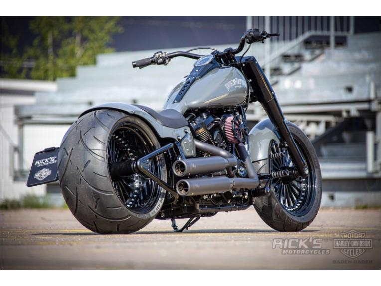 Harley-Davidson-Fat-Boy-Screamin-Eagle-Custom-Ricks-037-scaled