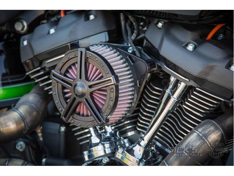 Harley-Davidson-FXDR-Custom-Ricks-007