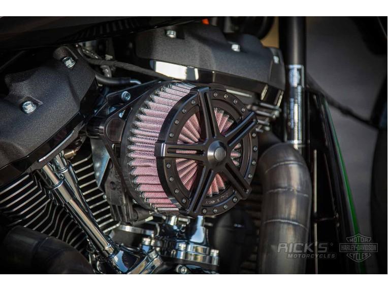 Harley-Davidson-FXDR-Custom-Ricks-037