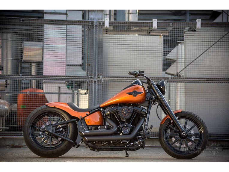 Harley-Davidson_-_Softail_Slim-300-Milwaukee_8-Ricks-053