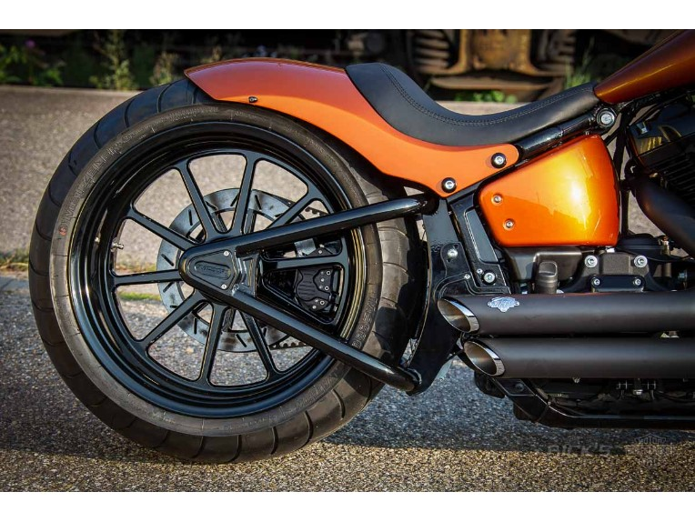 Harley-Davidson_-_Softail_Slim-Milwaukee_8-300Kit-045
