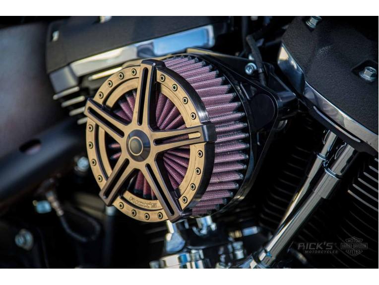 Harley-Davidson-Street_Bob_Bobber-Ricks-003