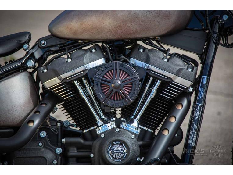 Harley-Davidson-Street_Bob_Bobber-Ricks-013