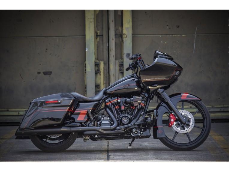 Harley_Road_King_Screaming_Eagle_Custom_-_045