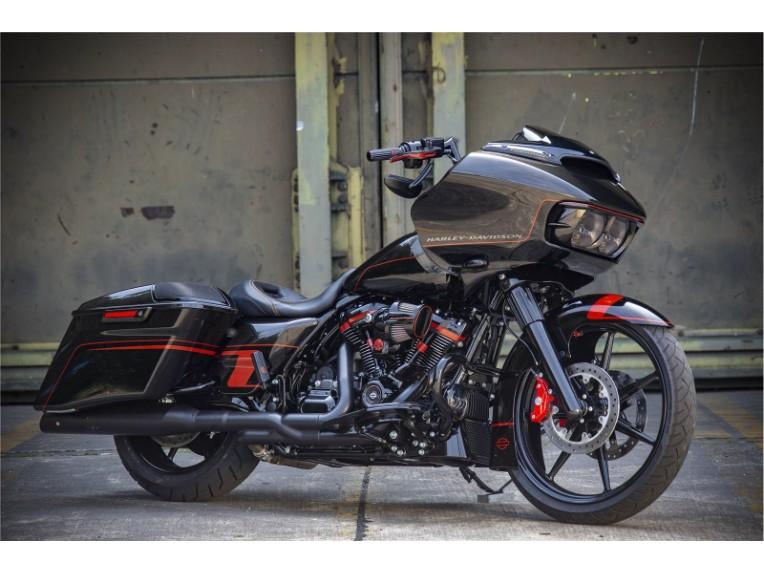 Harley_Road_King_Screaming_Eagle_Custom_-_052