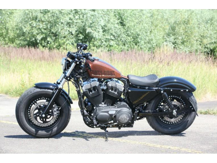 Ricks-Harley-Sportster-seitlich-Kennzeichenhalter-matt-schwarz-mit-TVABE-DE-273701640085-4