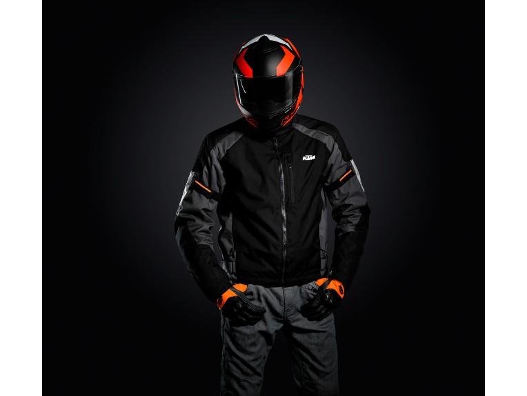 pho_pw_hero_253028_3pw191110x_street_evo_jacket_hero__sall__awsg__v1