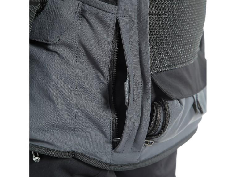 159399334C-Dainese-D-Explorer-2-Jacket-black-ebony-Motorradjacke-Gore-Tex-Detail-2