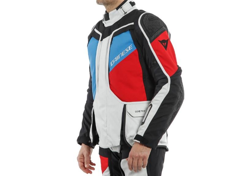 159399380C-Dainese-D-Explorer-2-Jacket-Motorradjacke-Gore-Tex-2Model-1