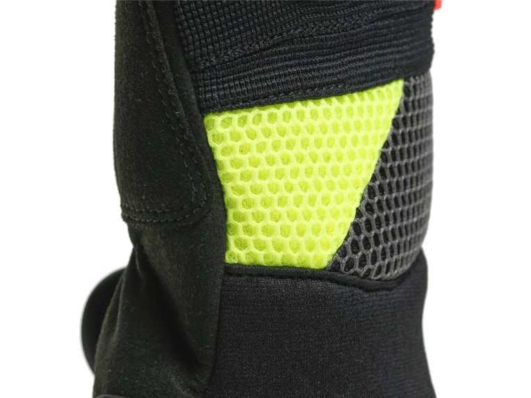 1815949P18-dainese-vr46-curb-short-gloves-5