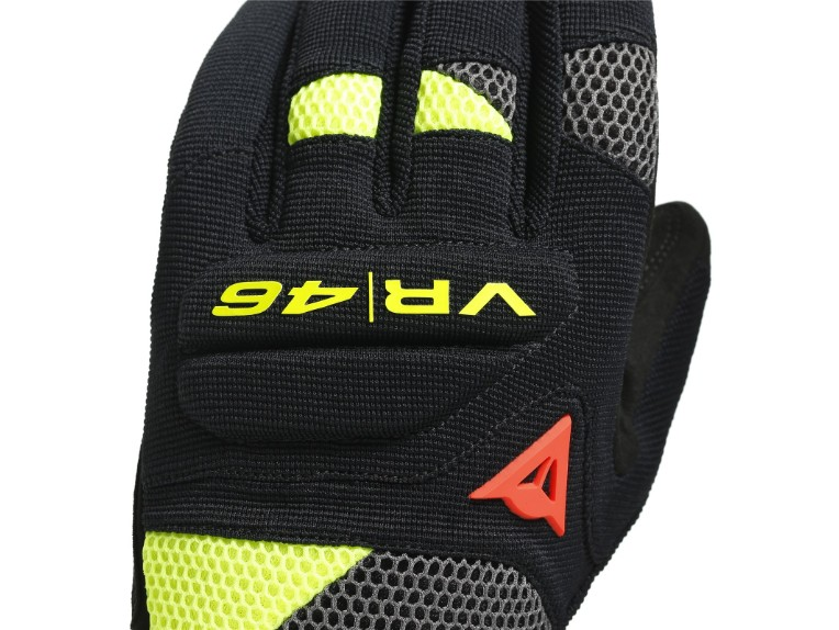 1815949P18-dainese-vr46-curb-short-gloves-6