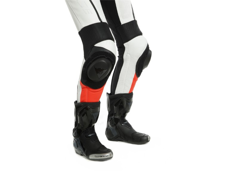 202513467-U25-dainese-imatra-lady-one-piece-suit-white-red-fluo-einteiler-012