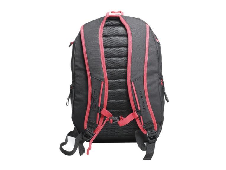 d-quad-backpack-black back