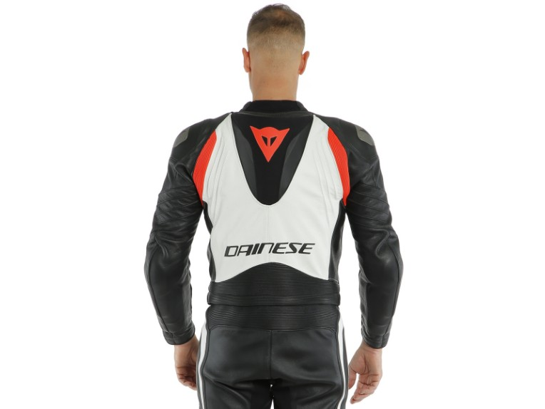 Dainese_Avro_2-Air_2PCS_Suit_black-white-fluo_red18