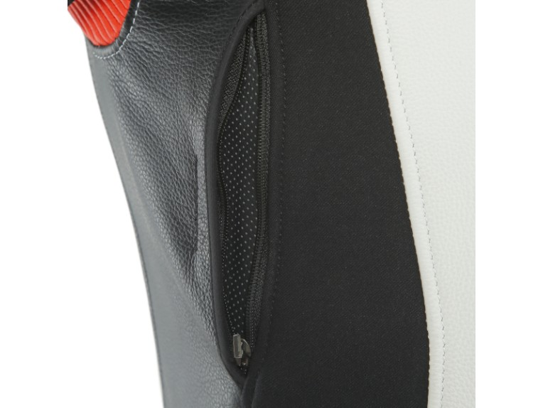 Dainese_Avro_2-Air_2PCS_Suit_black-white-fluo_red5