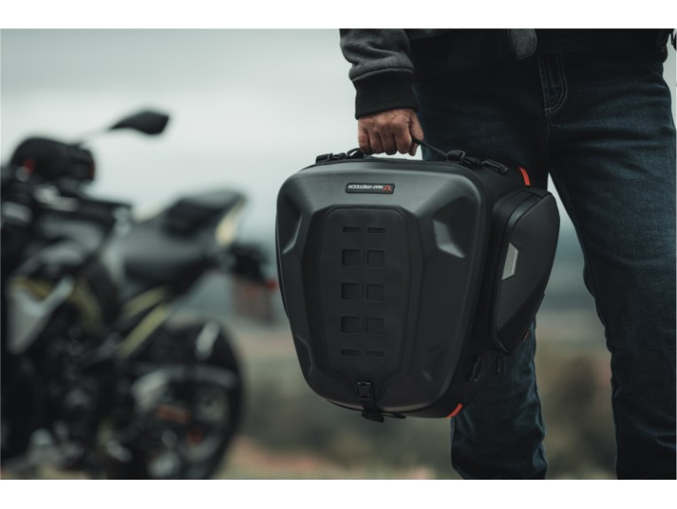 rearbag-tail-bag-by-SW-MOTECH-7