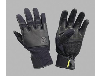 RESTLESS MIND GLOVES
