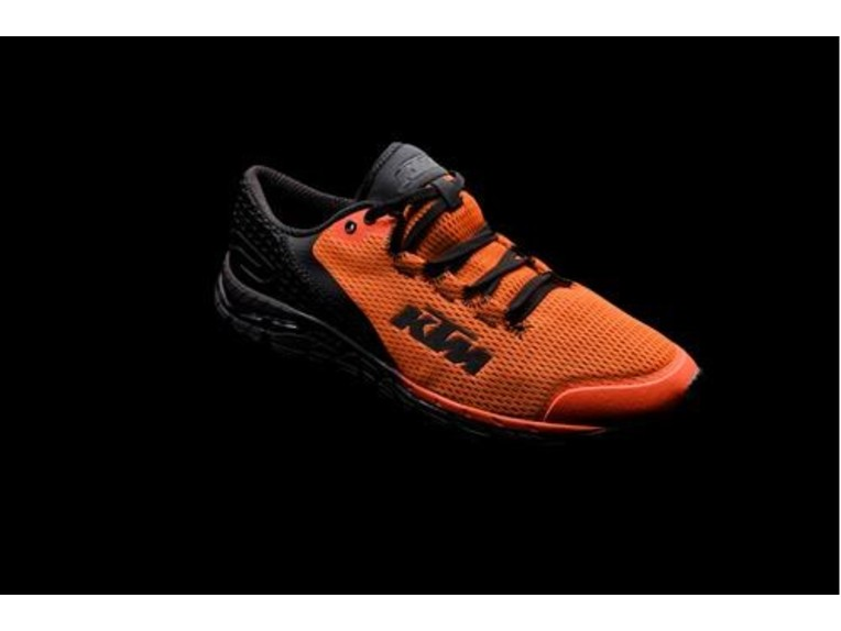 pho_pw_highlight_231803_3pw19719xx_corporate_shoes_highlight__sall__awsg__v1
