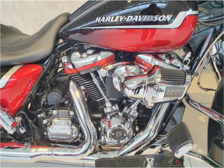 HARLEY-DAVIDSON CVO FLHXSE Street Glide, 5HD1PXL49MB951192