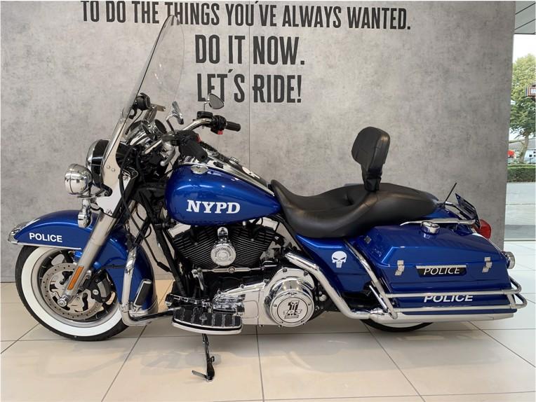 HARLEY-DAVIDSON FLHP Road King Police, 1HD1FHM108Y684547