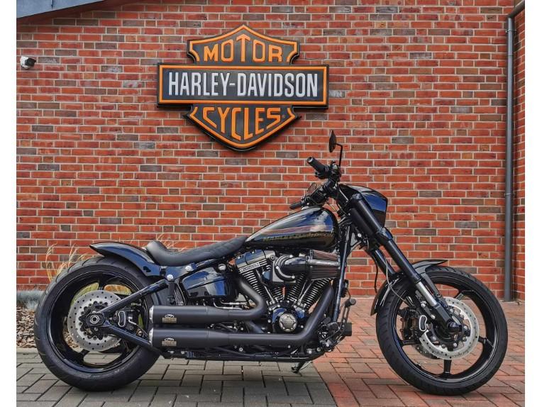 HARLEY-DAVIDSON FXSE CVO Pro Street Breakout, 5HD1TG9C8HB952270