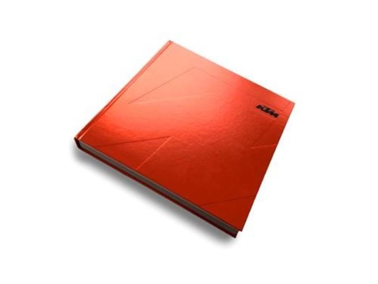 pho_ktm_ds_nmon_ktm_brandbooklet1__sall__awsg__v1