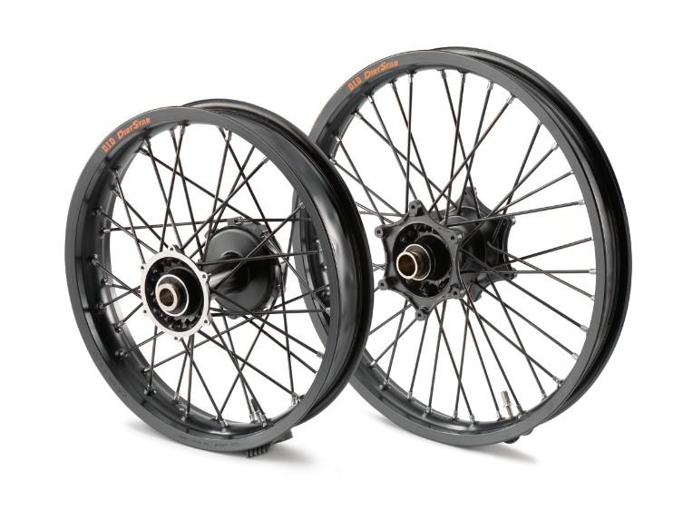 pho_pp_nmon_6030990104433_6031090104433_heavy_duty_tube_type_front___real_wheel__sall__awsg__v1