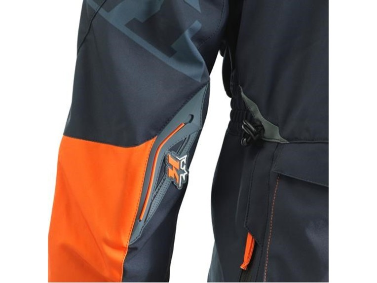 pho_pw_det_313541_3ki21001360x_kini_rb_competition_jacket_detail_2__sall__awsg__v1