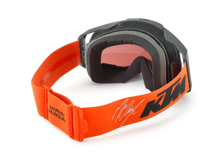 pho_pw_pers_rs_381725_3pw210069600_marvin_musquin_armega_goggles_back__sall__awsg__v1