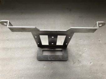 Aluhalter für Ausgleichsbehälter GSX-R 1000 / R `17-