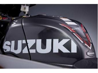 Tankschutzfolie mit großen Suzuki Schriftzug für GSX-R 1000 / R ab `17