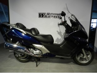 FES 600 Silver Wing