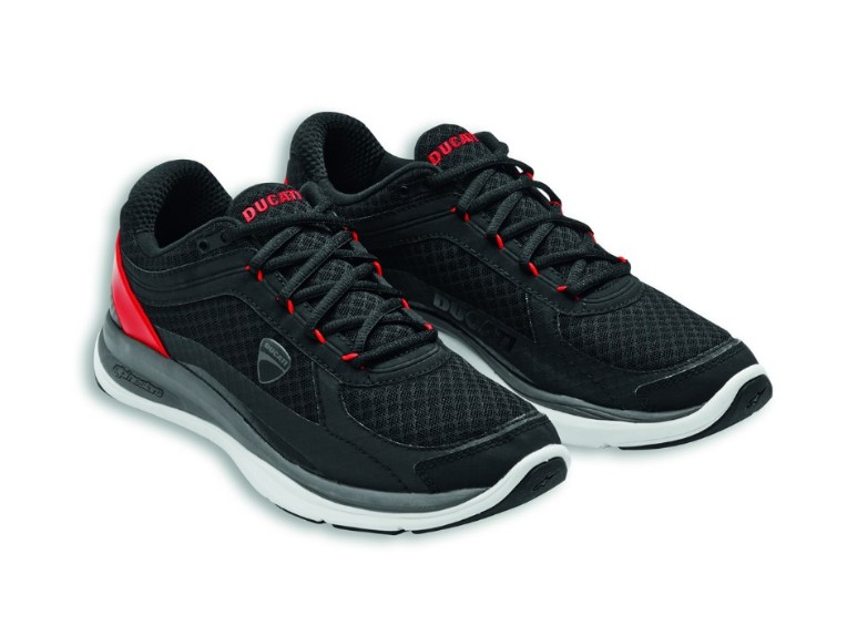 981044342, SHOES REDLINE SIZE 42 (9)