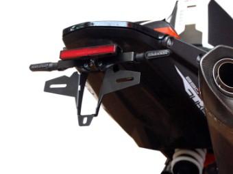 Kennzeichenhalter mit Rücklicht-Blinker 790-890 Duke / R
